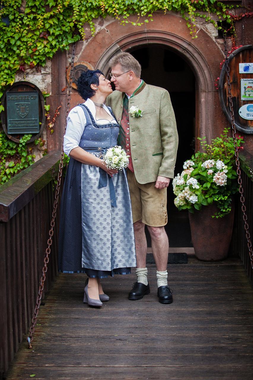Hochzeit im Schloss Saaleck in Hammelburg